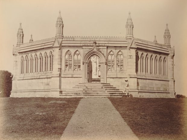 memorial to commemorate the uprising in 1857 in cawnpore in india 1860 image via leiden university library e1525201010377