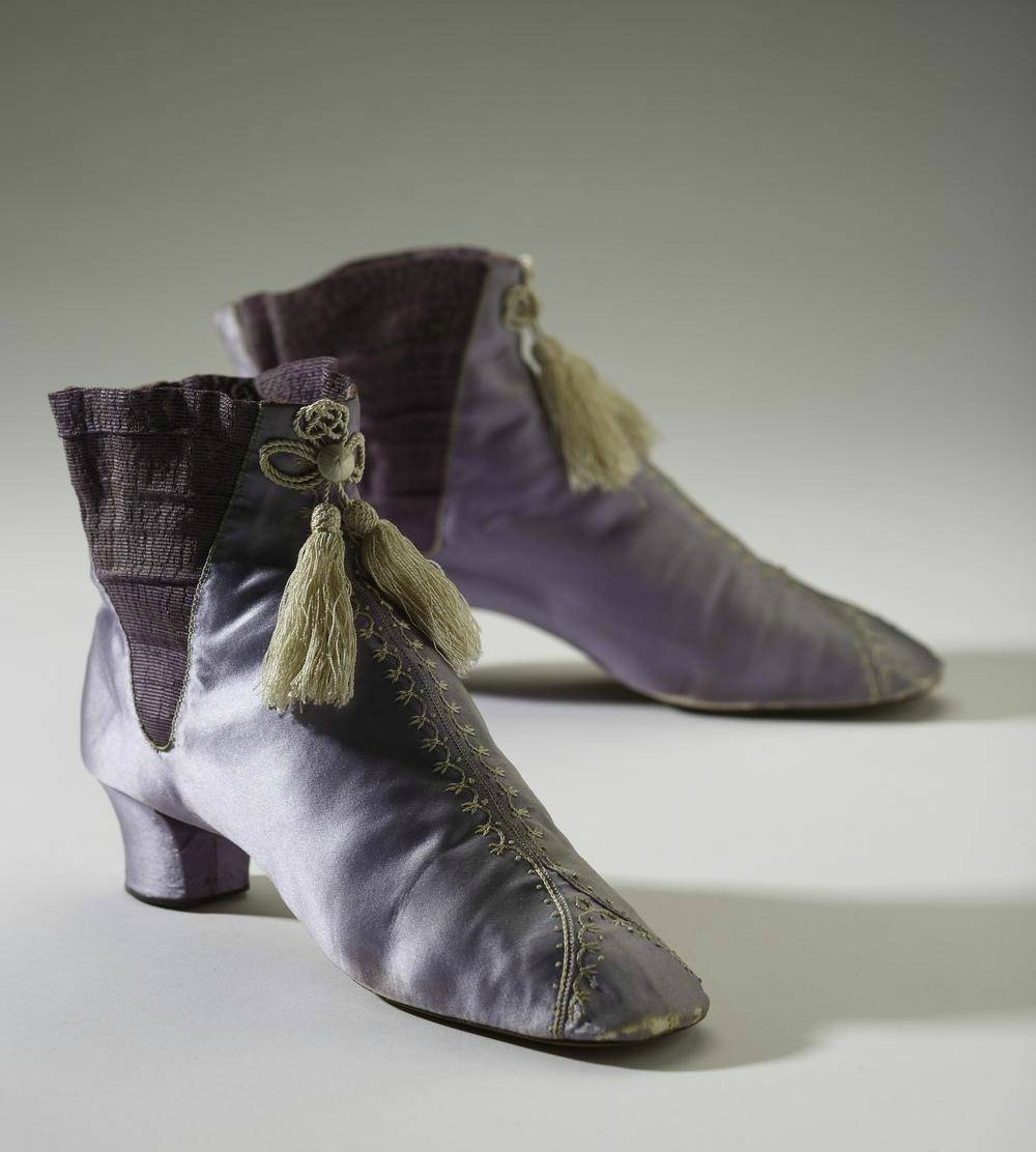 1860s lavender boots via globe and mail and bata shoe museum