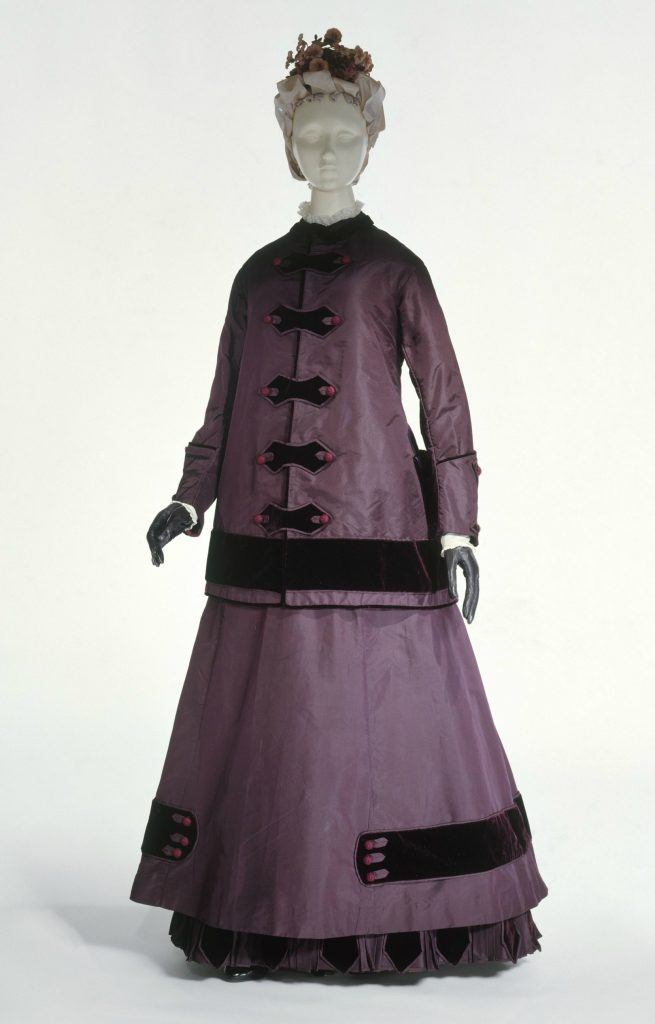 1864 65 silk and cotton walking dress via met museum1