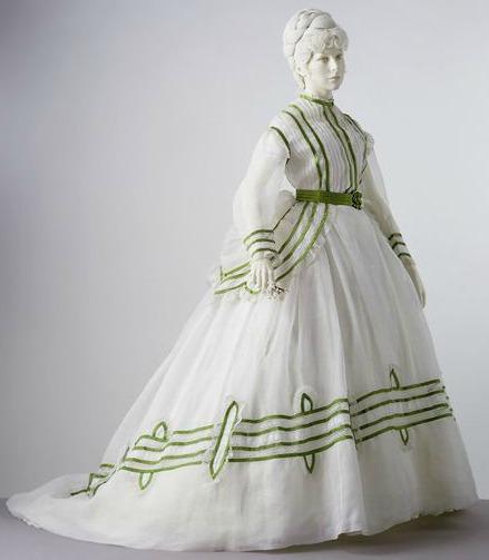 1869 cotton muslin summer day dress Image via Victoria and Albert Museum