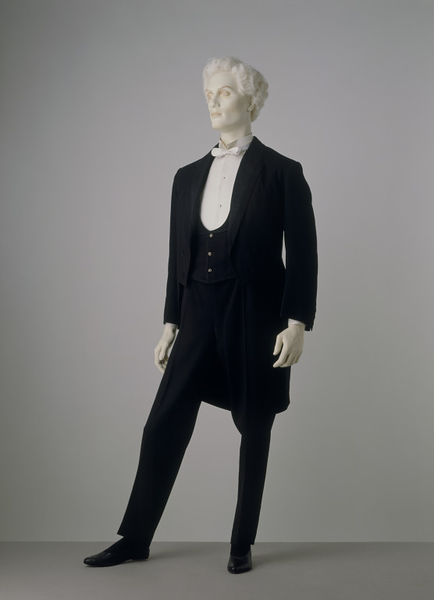 1885 evening suit via victoria and albert museum