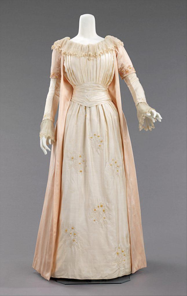 1885 liberty co british silk tea gown 1 met museum