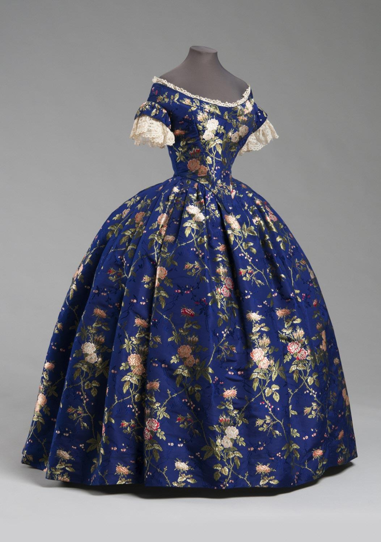 1850 blue silk brocade dress via philadelphia museum of art