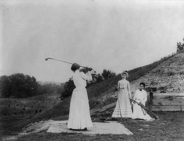 3 Women Playing Golf Jackson Sanitorium 1890